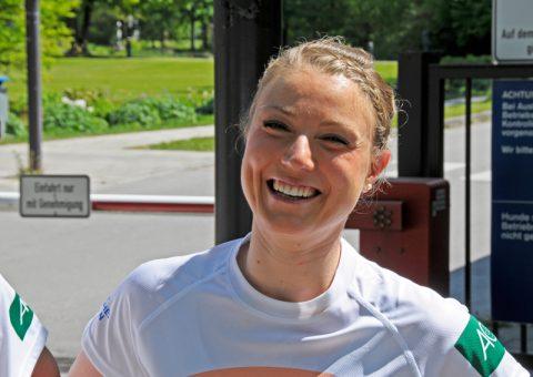 Auf geht's! Caro von der TU München hat wieder jede Menge Trainings-Ideen im Gepäck - und gut Lachen...;-)