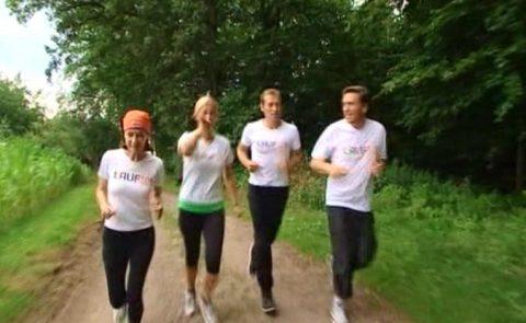 Testlauf: Sabine, Andrea, Markus und Stefan schwitzen schon am Morgen - beim Probelauf in der Holledau