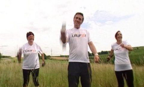Schütteln im Hopfenfeld: Die BR-Gesichter und ihre Laufpaten mit Fitness-Geräten!