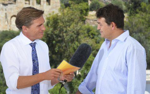 Stürmisch-heißes Interview. Ein griechischer Kollege ist heute zu Gast und gibt Einblicke in die weißblaue Seele.