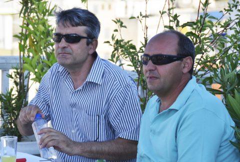 Atempause. SNG-Chef Kostas und sein Team können am Abend kurz entspannen. Das Mittagsmagazin gibt ein kühles Bierchen aus.