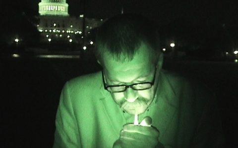 Noch eine Zigarette vor dem Capitol, bevor wir heimdüsen.
