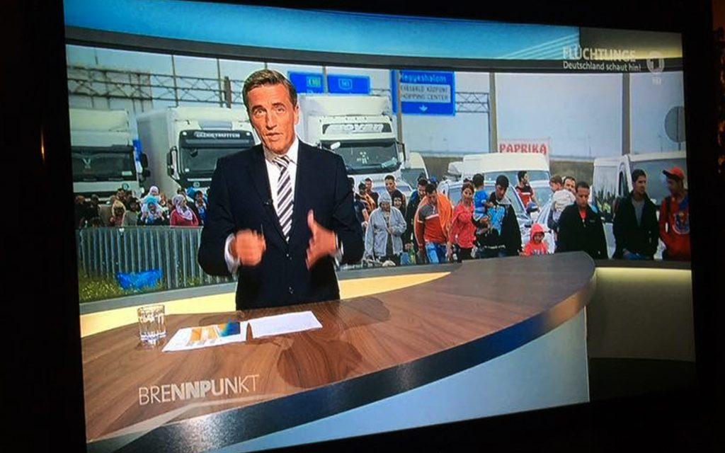 Die ARD setzt abermals eine Sondersendung an: Flüchtlinge strömen ins Land!