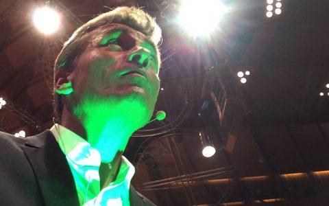 Giftgrünes Licht - perfekt für die mystische Carmina Burana!
