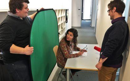 Projektarbeit an der Deutschen Journalistenschule: In nur zwei Tagen einen moderierten Film von null auf hundert erstellen!