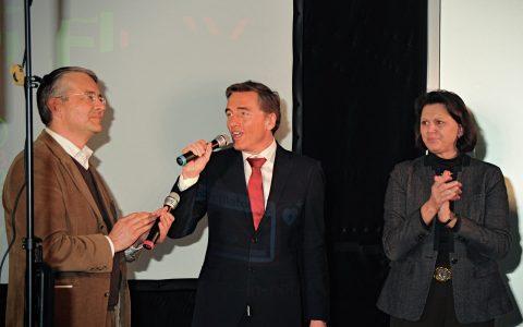 ... und Scheider kündigt Gäste & Premiere an!