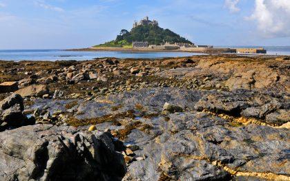 An der englischen Südküste - St. Michael - der Weg zum Schloss lädt nur bei Ebbe ein. Und jenen Weg muss der Himmel geschaffen haben...