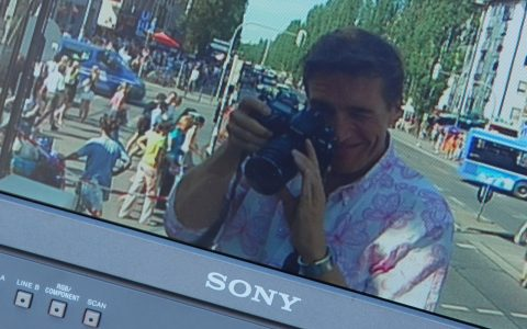 Scheider mit der Nikon auf der Presenter-Plattform!