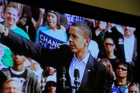 Yes we can: Das ganze Land fiebert auf die Nacht der Nächte hin. Obama bei der Schlusskundgebung.