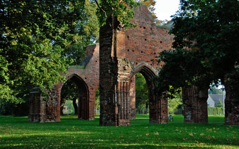 Stille & Zauber: Die Ruinen des Klosters Eldena