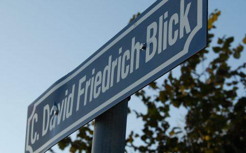 Passender Straßenname zur Ortsansicht