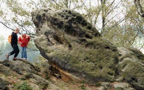 Der berühmte Fels, auf dem der Wanderer thront: Es gibt ihn wirklich!