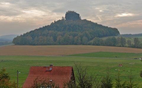 Auch diesen Hügel erkennen wir sofort wieder.