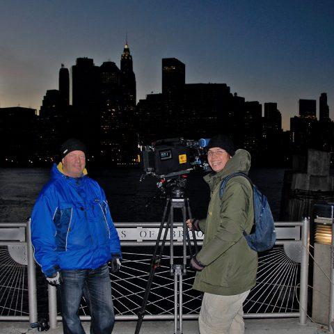Zapfig kalte Aussichtsplattform in Brooklyn: Hello Skyline!