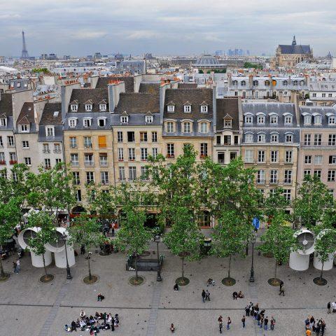 Hammeraussicht auf die Pastellfarben von Paris.