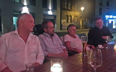 Ein letztes Bierchen in Berlin: Abschluss-Meeting mit den RBB-Kollegen! Schön wars!